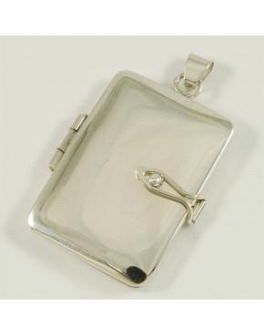 Duży srebrny sekretnik w kształcie prostokąta W104/0