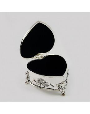 Kasetka posrebrzana na biżuterię w kształcie serca 461-4885