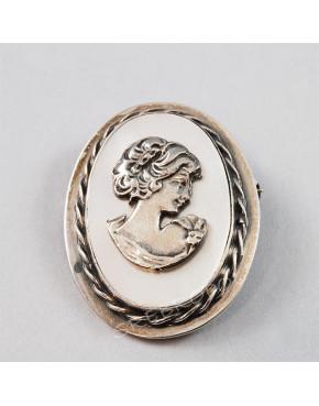 Broszko-wisior srebrny Kamea z masą perłową BRO15