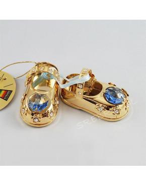Złota figurka buciki z niebieskimi kryształkami swarovskiego 122-0039