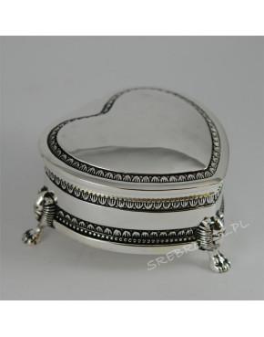 Posrebrzana kasetka, szkatułka na biżuterię w kształcie serca 472-4199